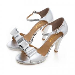 Sandale din piele laminata argintie, cu funde duble2