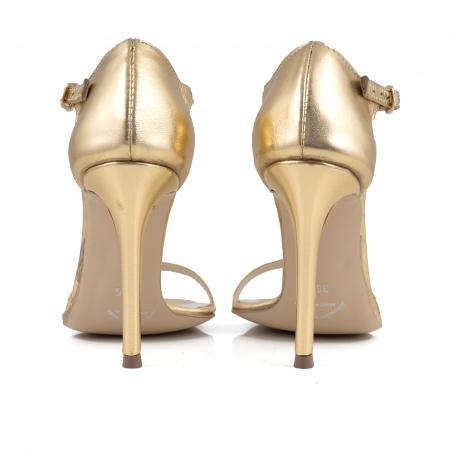 Sandale din piele laminata aurie4