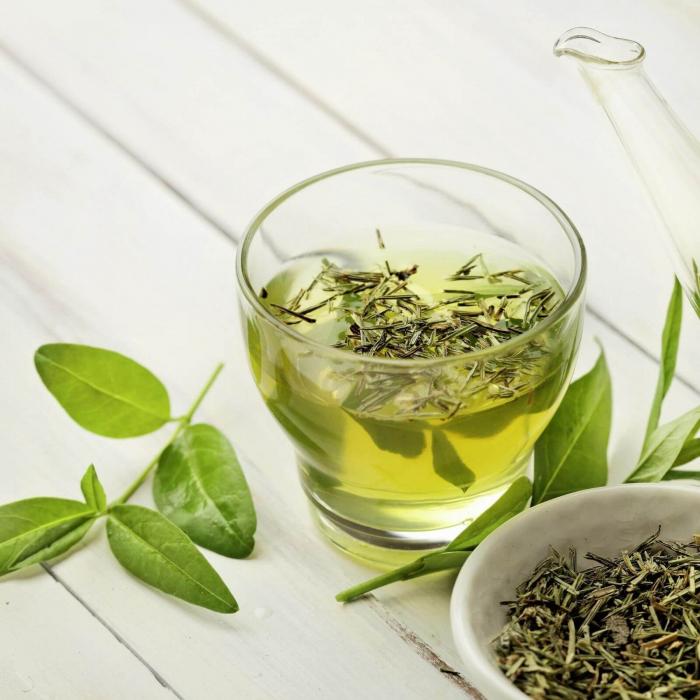 Demachiant bio 3 in 1 cu ceai verde si mirt pentru toate tipurile de ten 1