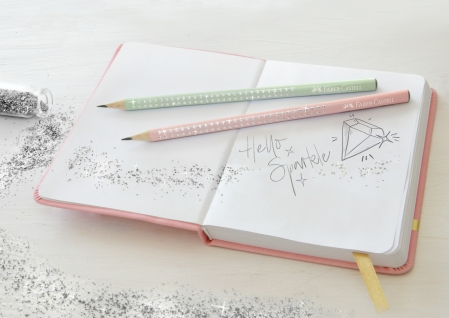 Creion Grafit B Sparkle Rose 2019 Faber-Castell1