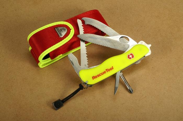 Briceag multifunctional VICTORINOX Rescue Tool otel 0.8623.MWN galben [2]