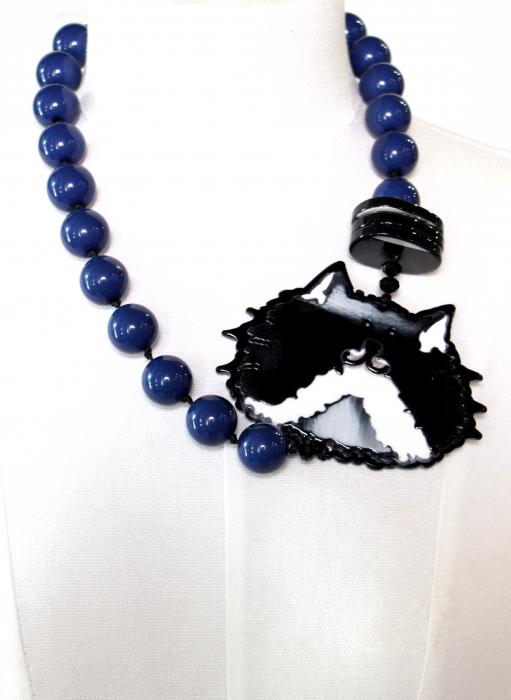 Colier bile albastre cu disc pisica 1