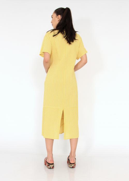 Rochie lunga cu maneci usor asimetrica 2