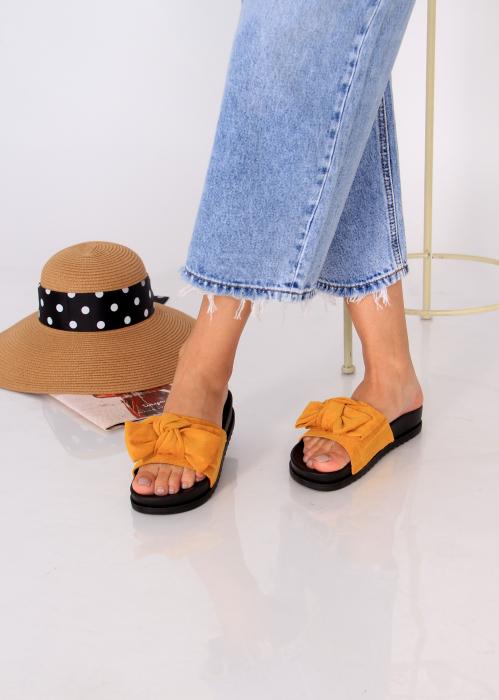 Papuci funda piele intoarsa 0