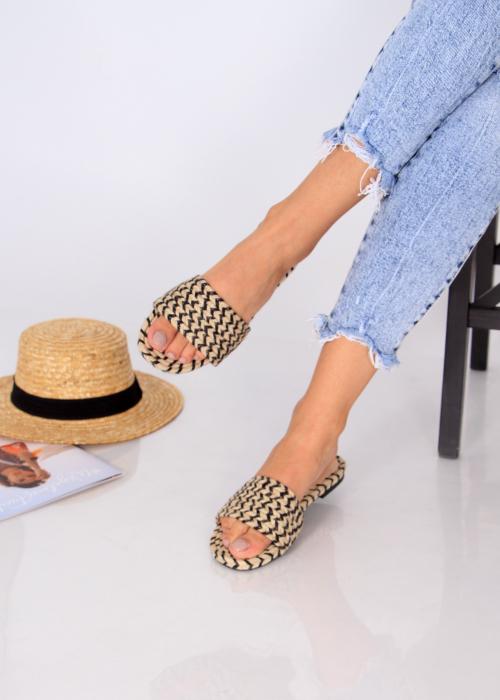 Papuci impletiti 1