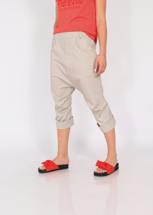 Pantaloni cu tur si pense 2