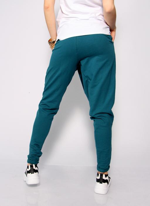Pantaloni petrecuti in fata. 4
