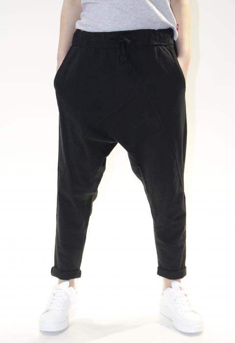 Pantaloni cu tur lasat 5