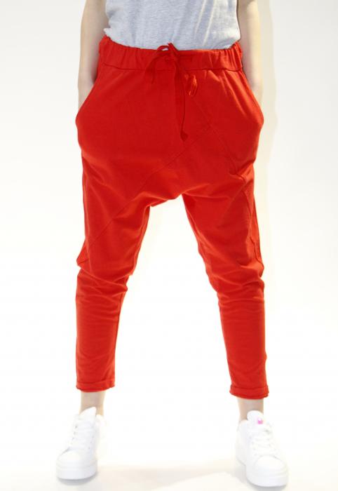 Pantaloni cu tur lasat 4