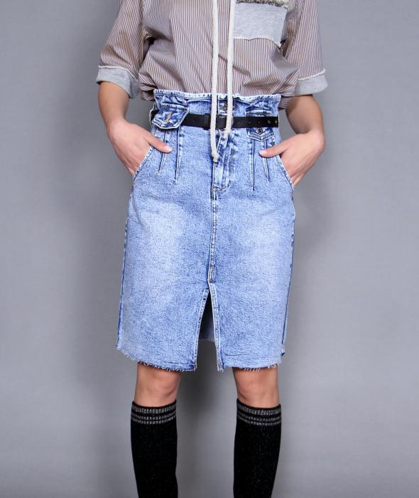 Fusta jeans si bluza 5