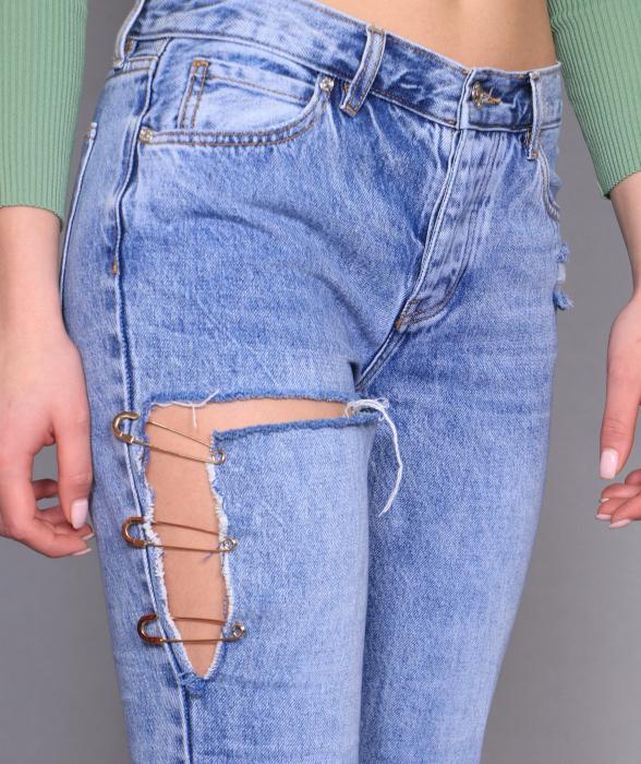 Bluze si jeans. 8