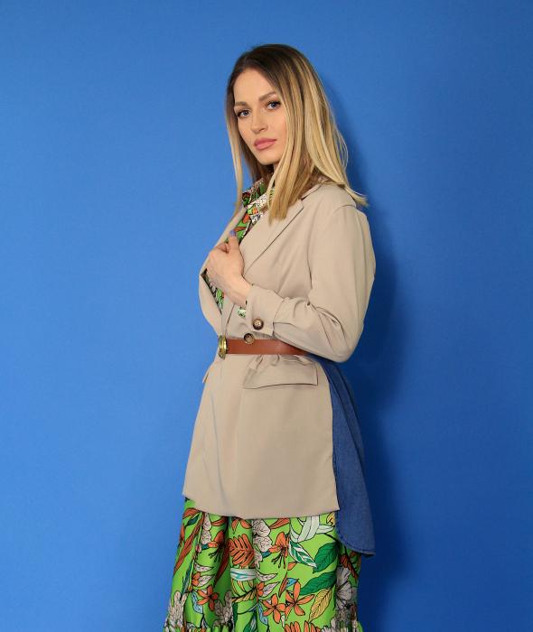 Rochie lunga cu imprimeu floral si sacou in doua culori. [1]