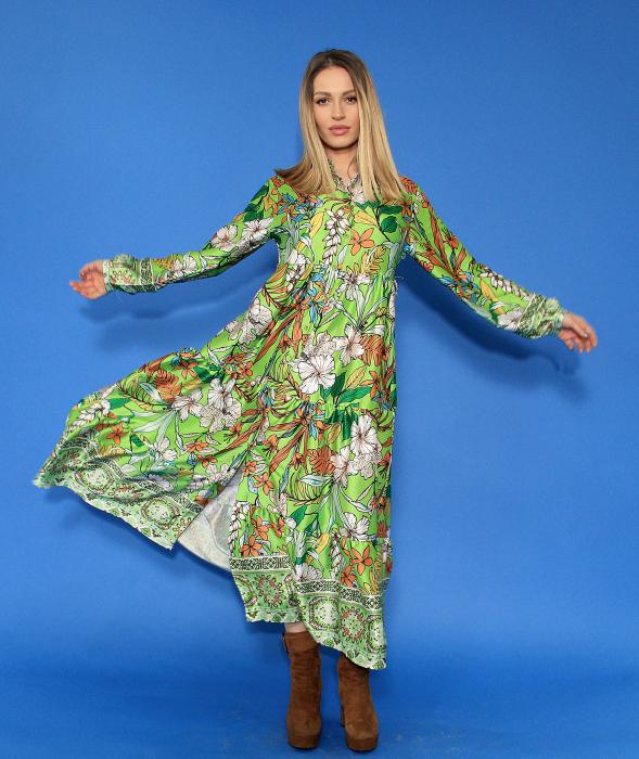 Rochie lunga cu imprimeu floral si sacou in doua culori. [4]