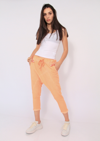 Pantaloni neon cu tur3