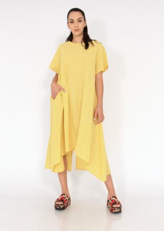 Rochie lunga cu maneci usor asimetrica3