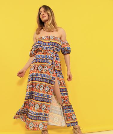 Rochie lunga pe umeri. [2]