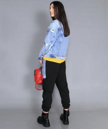 Jacheta din denim, pantaloni si camasa. [2]