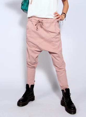 Pantaloni cu tur lasat0