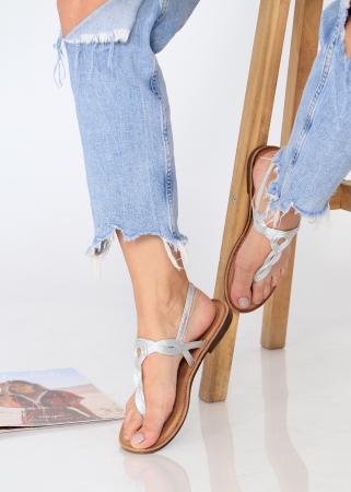 Sandale cu bareta intre degete9