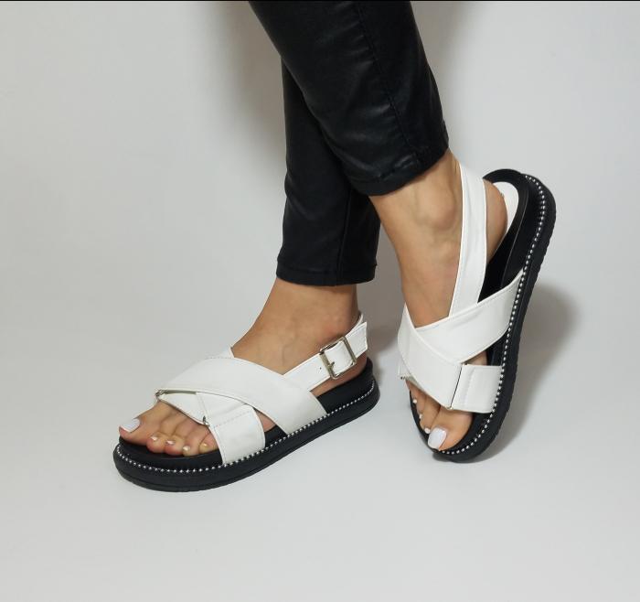 Incaltaminte Lora White -  Sandale 1