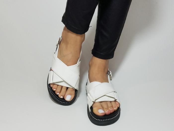 Incaltaminte Lora White -  Sandale 3