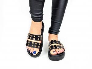 Incaltaminte Black Slippers1