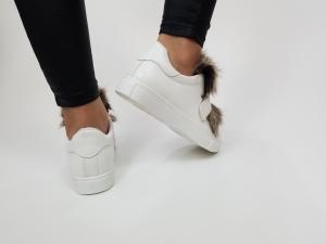 Incaltaminte White Furry - Pantofi Sport2