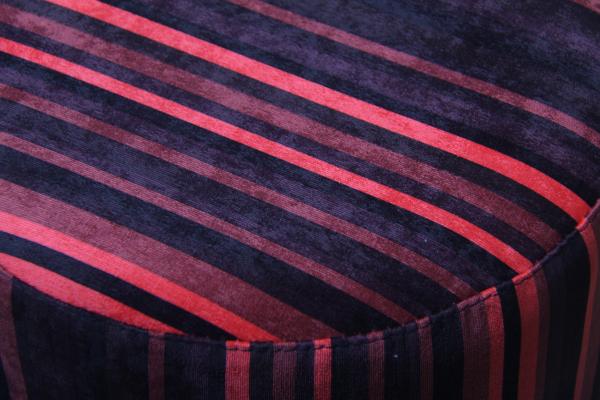 Taburet rotund Red Lines 1
