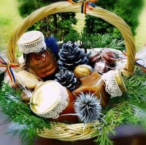 Cos de codouri cu produse traditonale