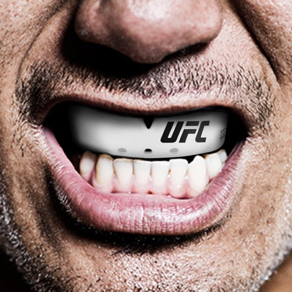 Proteza  UFC Senior  Bronz Level Alba Opro 1