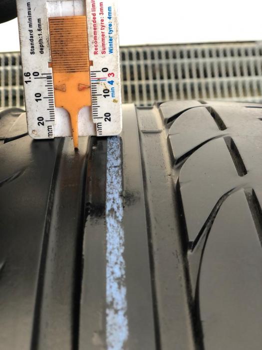 set 2 anvelope 245/40 R17 runflat sh vara Bridgestone 6mm cu garantie [7]