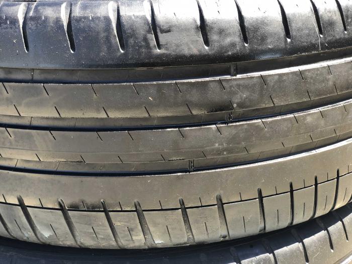 set 2 anvelope 215/45 R18  sh vara Michelin 5mm cu garantie [1]
