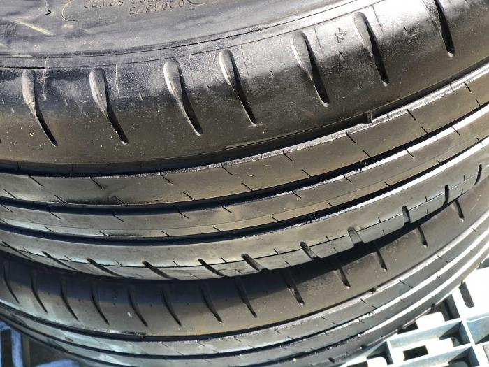 set 2 anvelope 215/45 R18  sh vara Michelin 5mm cu garantie [2]