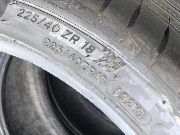 set 4 anvelope 225/40 R18  sh vara Michelin 5mm cu garantie [3]