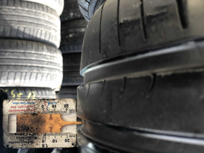 set 4 anvelope 225/40 R18  sh vara Dunlop 6.5mm cu garantie [6]