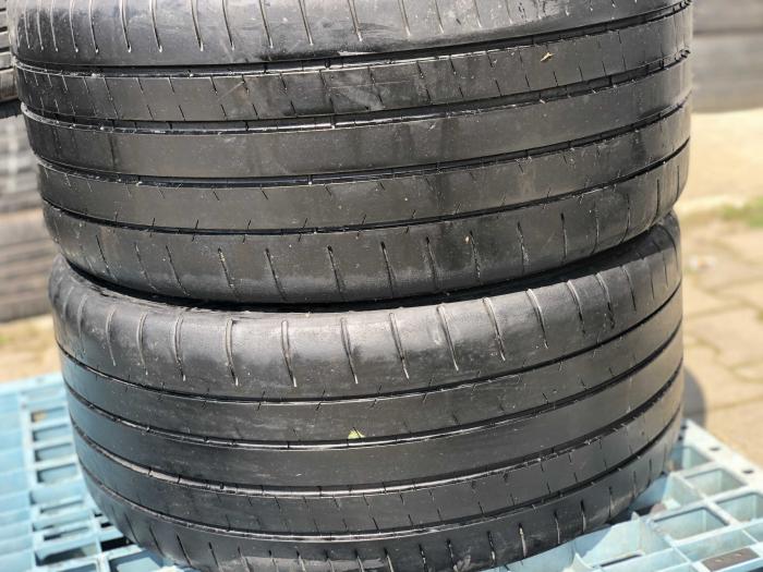 set 2 anvelope 245/35 R18  sh vara Michelin 6mm cu garantie [0]