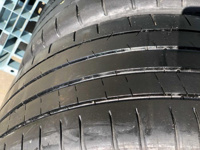 set 2 anvelope 245/35 R18  sh vara Michelin 6mm cu garantie [2]