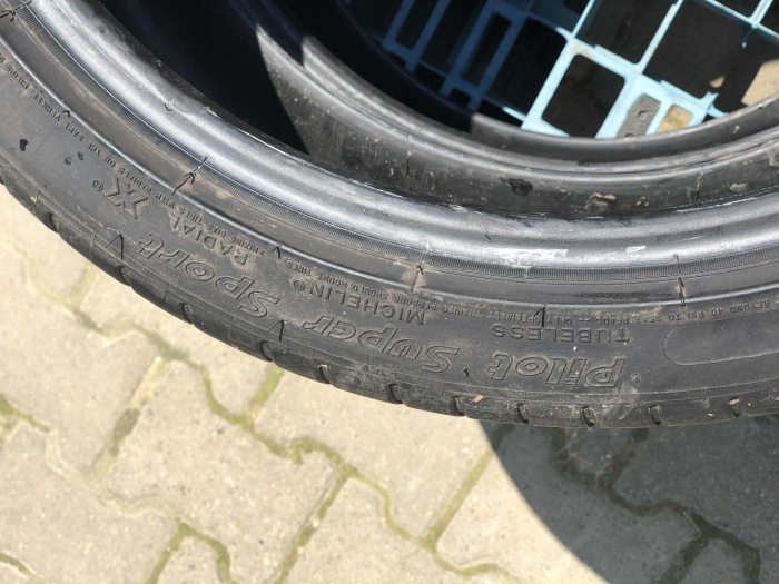 set 2 anvelope 245/35 R18  sh vara Michelin 6mm cu garantie [5]