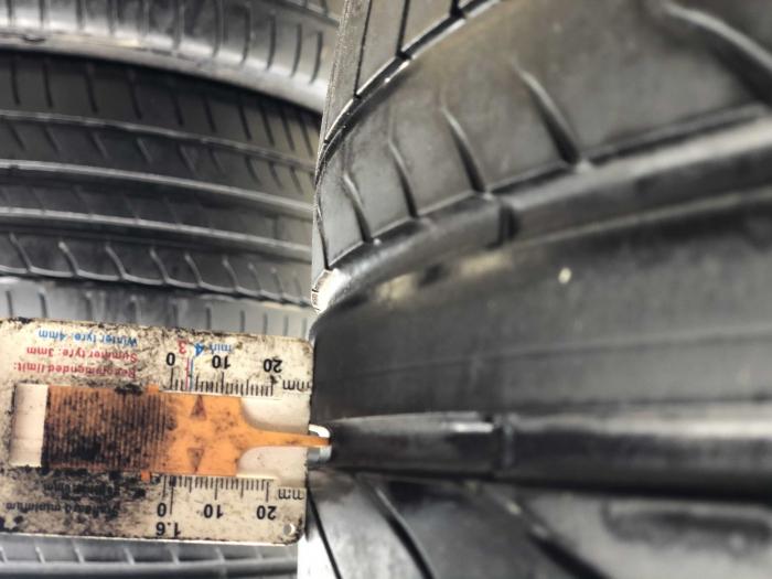 set 2 anvelope 225/45 R17 Runflat sh vara Bridgestone 5.5mm cu garantie [6]