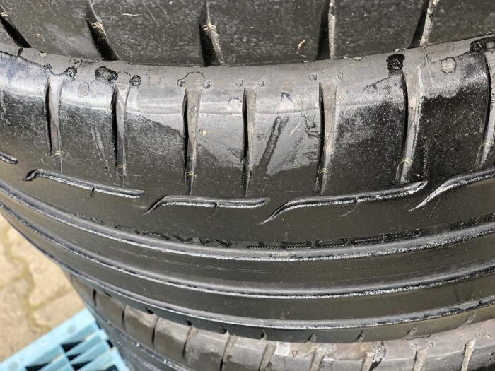 set 4 anvelope 225/45 R17 sh vara Dunlop 5.5mm cu garantie [2]