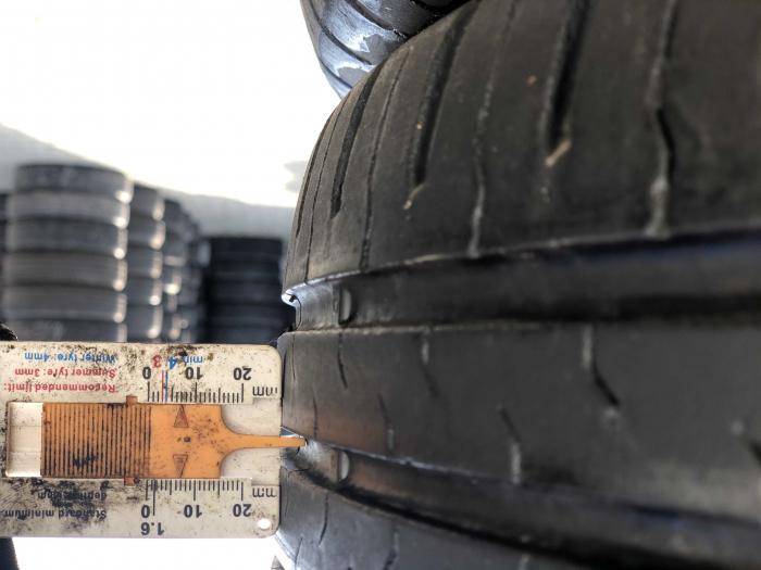 set 4 anvelope 215/60 R17 96H sh vara Continental 6.5mm cu garantie [6]