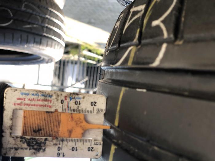 set 4 anvelope 235/55 R17 sh vara Dunlop 5.5mm cu garantie [5]