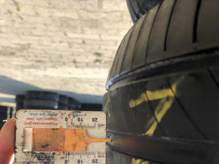set 2 anvelope 235/55 R17 sh vara Michelin 5mm cu garantie [7]