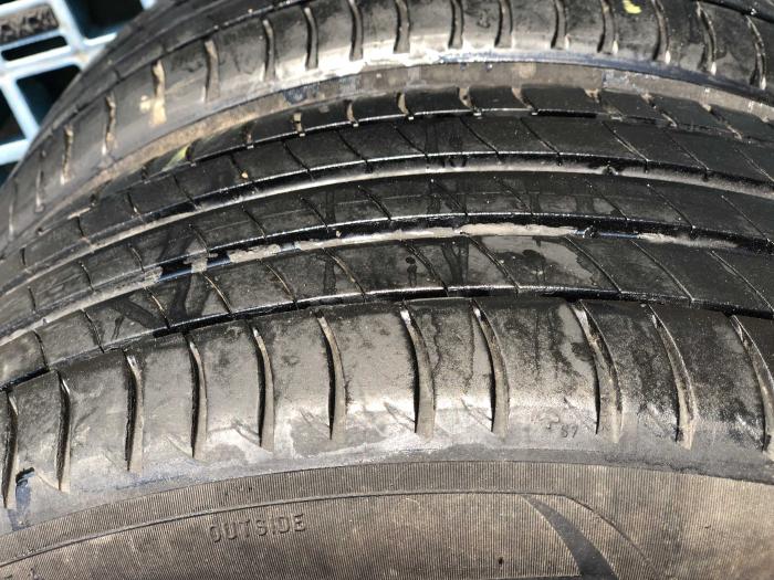 set 2 anvelope 205/55 R17 Runflat sh vara Michelin 7mm cu garantie [2]