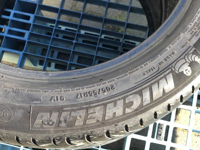 set 2 anvelope 205/55 R17 Runflat sh vara Michelin 7mm cu garantie [3]