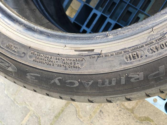 set 2 anvelope 205/55 R17 Runflat sh vara Michelin 7mm cu garantie [4]