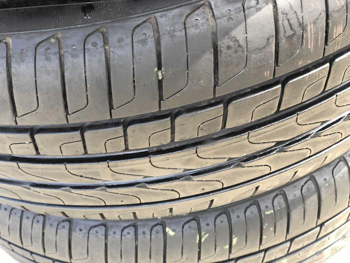 set 4 anvelope 215/55 R17 sh vara Pirelli 6.5mm cu garantie [2]