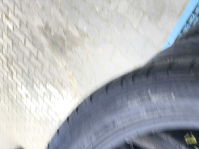 set 4 anvelope 205/50 r17 Runflat sh vara Bridgestone 5.5mm cu garantie [5]
