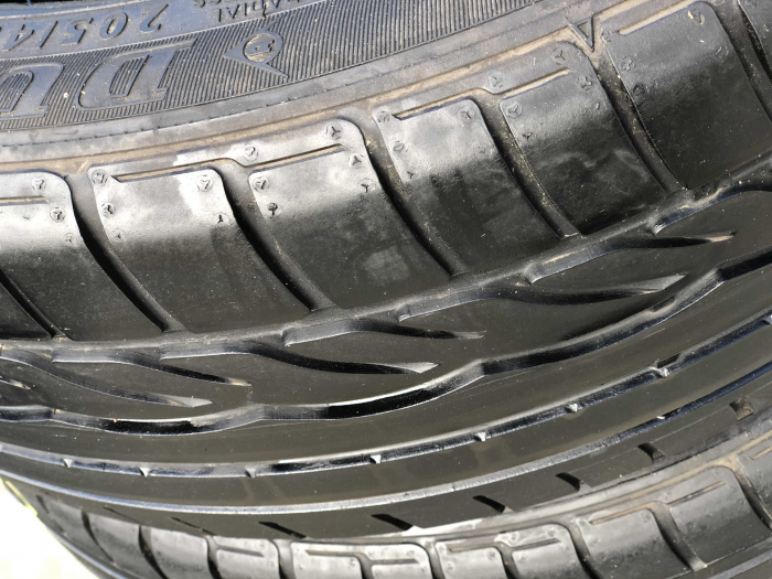 set 2 anvelope 205/45 r17 Runflat sh vara Dunlop 5.5mm cu garantie [2]