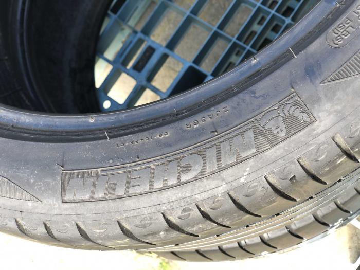 set 2 anvelope 245/40 R17 sh vara Michelin 5mm cu garantie [3]